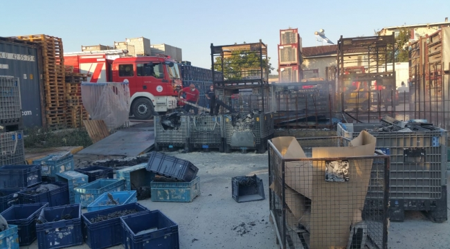 Kocaeli'de plastik fabrikasında korkutan yangın
