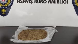 98 gram bonzai ile yakalandı!