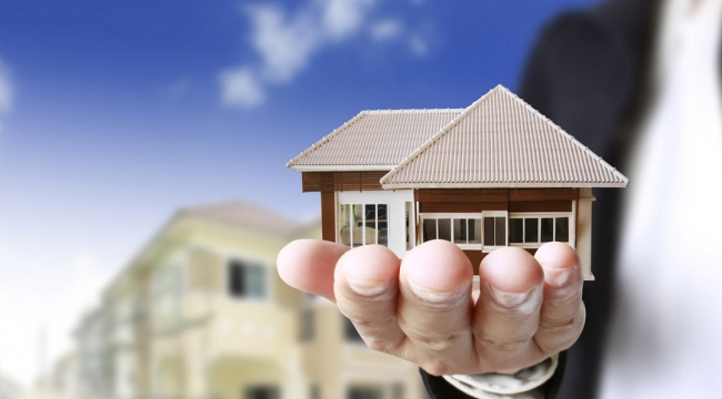 İzmit Cedit Mah.de icradan satılık 2 katlı bina