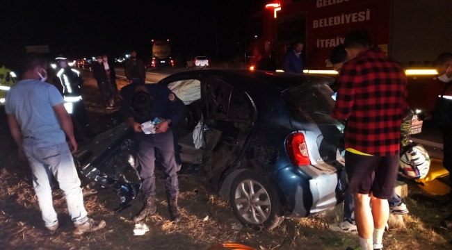 2 otomobilin çarpıştığı kazada 4 kişi yaralandı