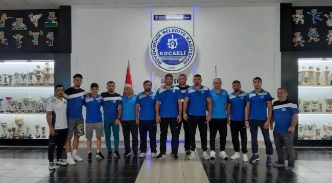 Kağıtsporlu güreşçiler Süper Ligde mücadele etti