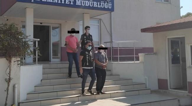Midye tezgahında uyuşturucu satan şahıslar yakalandı