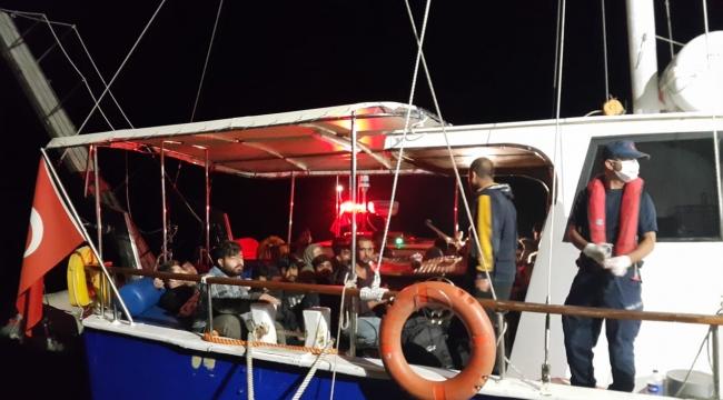Yelkenli teknede 193 göçmen yakalandı