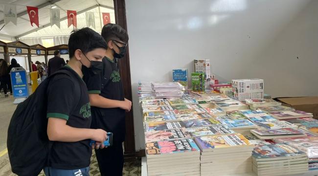 Kartepe Çocuk Kitapları Fuarı kapılarını ziyaretçilere açtı